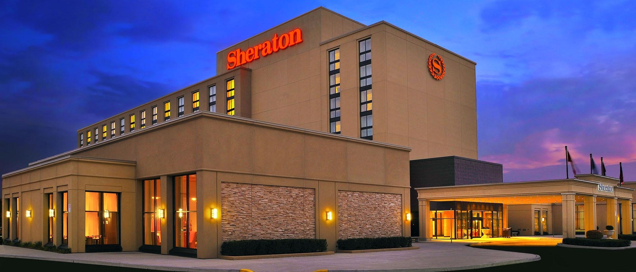 Sheraton Toronto Airport Hotel & Conference Centre - Exterior